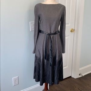 Adrianna Papell Grey & Black heather Dress, Sz8